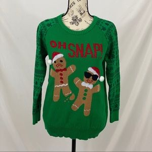 Oh Snap Christmas Sweater Size Medium